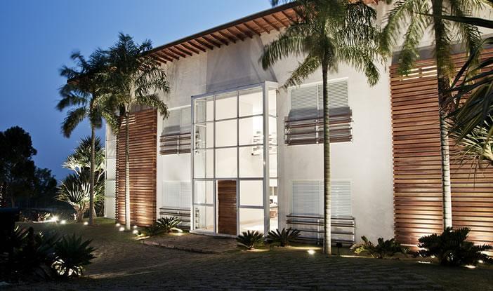 Quinta da baroneza residencial galeria da arquitetura for Casa quinta moderna
