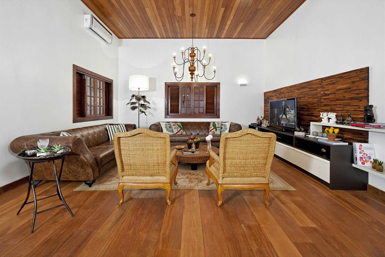 Casa Fazenda Arruda I Galeria Da Arquitetura -> Casa Sala De Tv Sala De Jantar A Fazenda