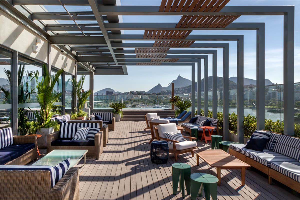 Rooftop do hotel prodigy santos dumont galeria da for Kfc terrazas de mayo